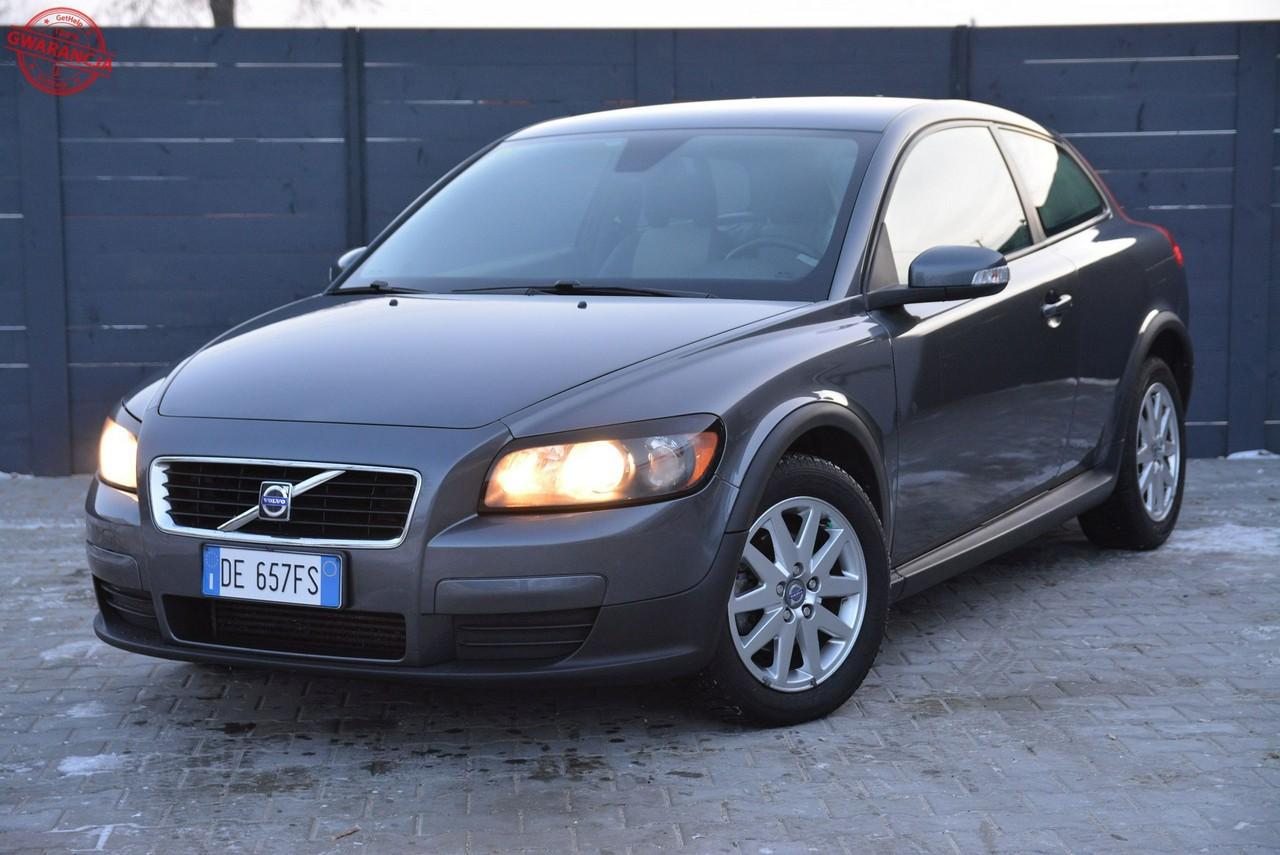 37 zdjęć Volvo / C 30 2.0 Diesel Momentum * SPRZEDANE*