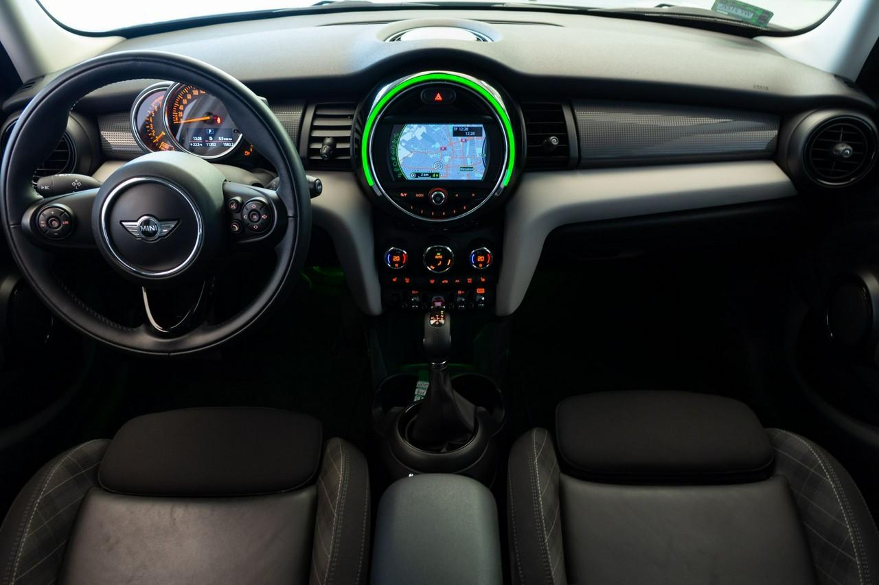 MINI Cooper 5-drzw | Navi! Czujnik parkowania!|_3