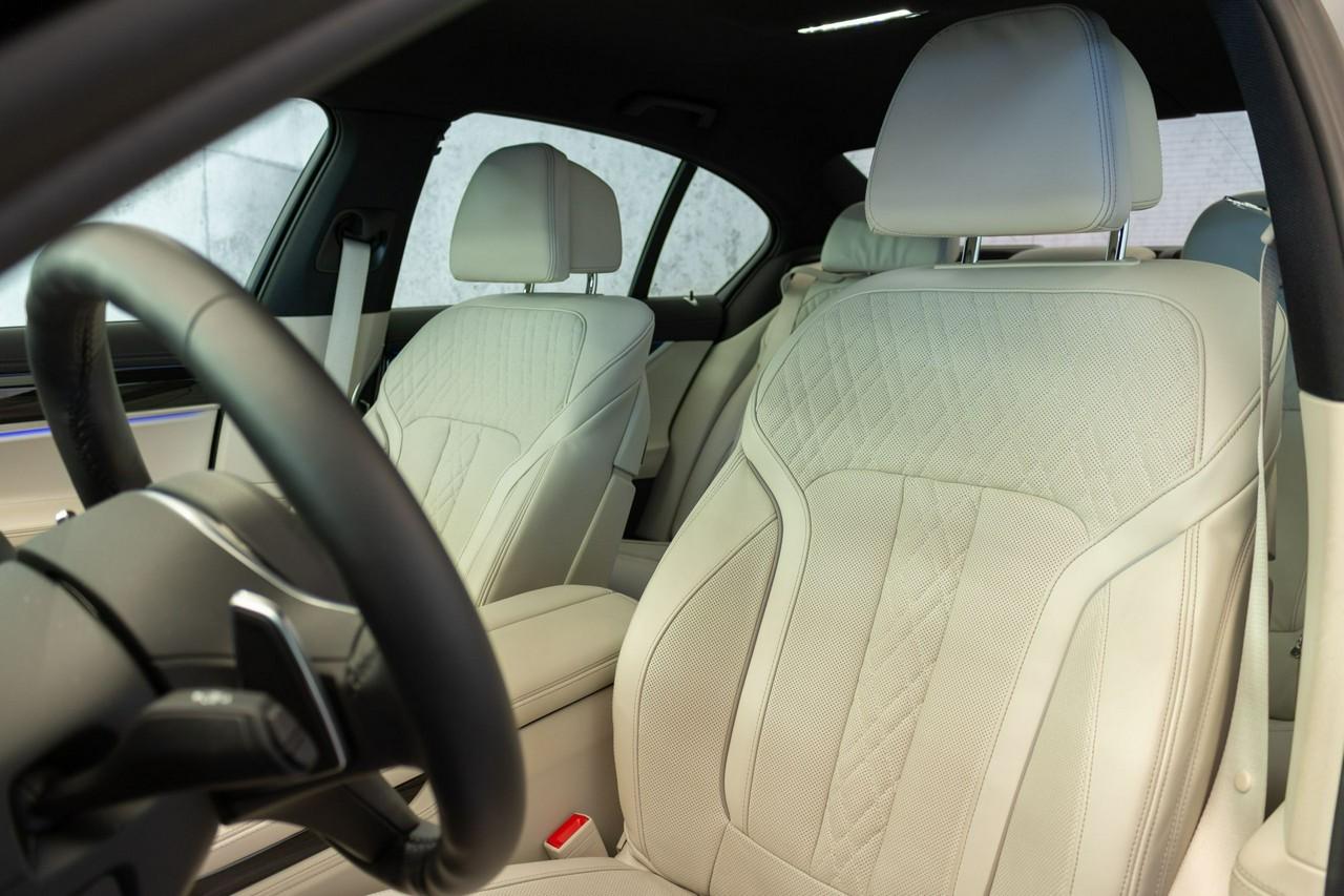 750d xDrive   Head-Up   Harman&Kardon   Surround View   _5