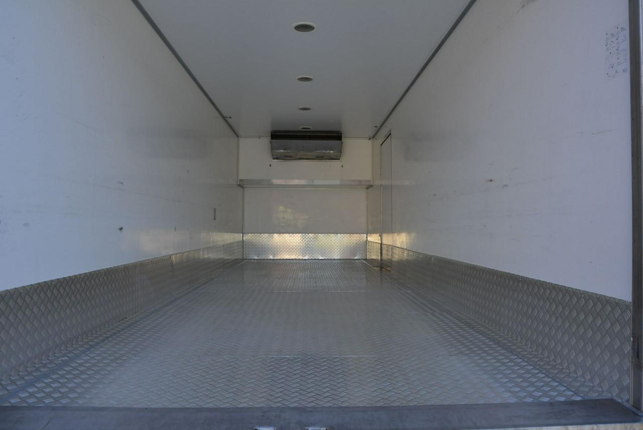 gallery-10055